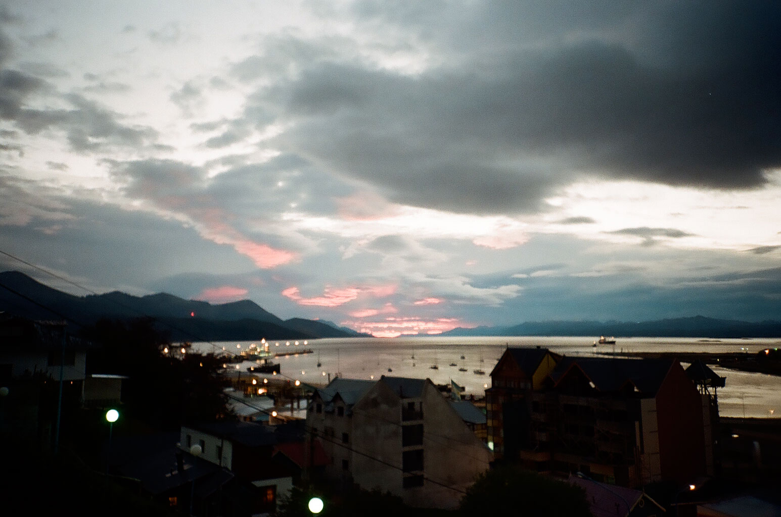 Sonnenaufgang am südlichen Ende der Welt. Foto: Lothar Ruttner