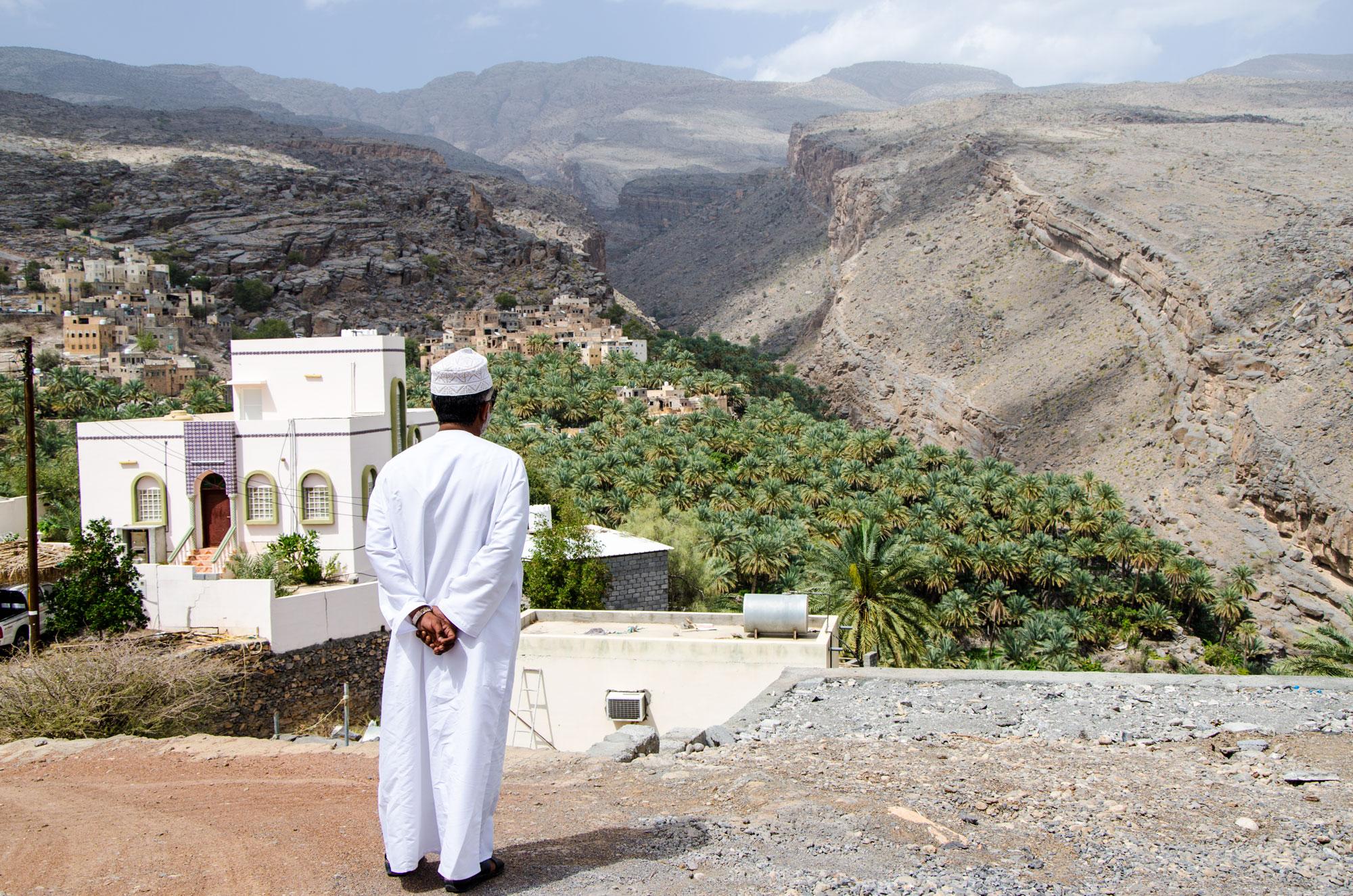 Nun geht's in die Berge: das grüne Dorf Al Misfah. Foto: Lothar Ruttner