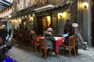 Die Pizzeria Brandi in Neapel, wo die Pizza Margherita erfunden wurde. Foto: Lothar Ruttner