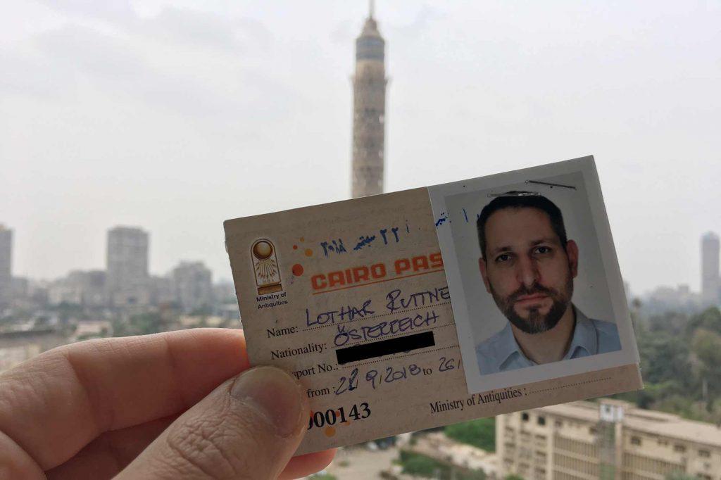 Der Kairo-Pass mit fehlendem Ministeriums-Stempel, den es leider an der Kasse der Pyramiden von Giza nicht gibt. Bis auf ein Mal, hat sich aber keiner darüber beklagt. Foto: Lothar Ruttner